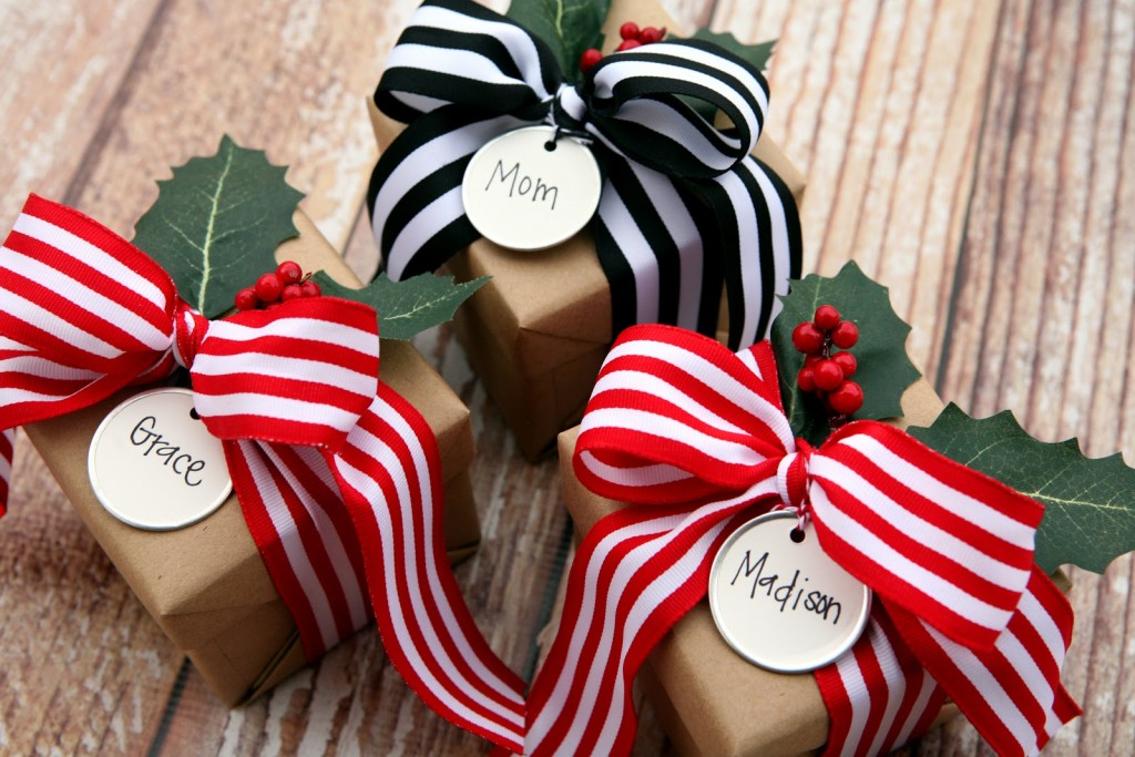 gift-wrap-ideas-1024x683